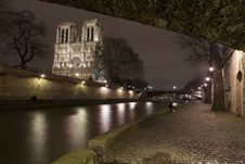 Illuminate Notre-Dame From Paris With Sena In The Night Royalty Free Stock Images
