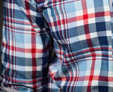 Free Checked Pattern Shirt Royalty Free Stock Photos - 28667668