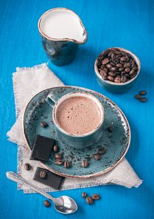 Free Espresso Coffee With Chocolate Royalty Free Stock Images - 28680549