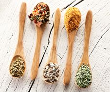 Free Variety Of Spices In The Spoons. Royalty Free Stock Photography - 28681377