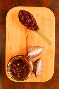 Free Red Onions Chutney Stock Photo - 28681630