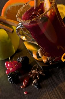 Mulled Wine And Fruits Stock Images