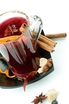Free Mulled Wine And Fruits Royalty Free Stock Photography - 28682867