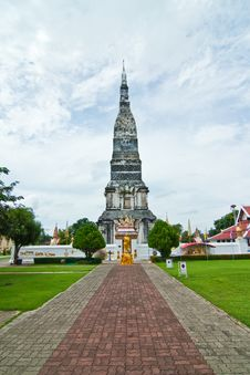 Free Old Pagoda Royalty Free Stock Images - 28690229