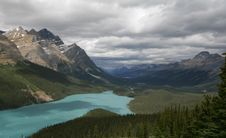 Bow Lake And Bow Mountain Royalty Free Stock Photos