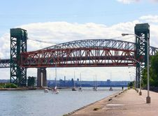 Free Lift Bridge Stock Photography - 2879282