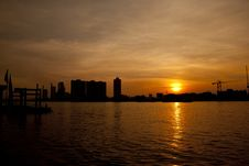 Free Chao Phraya River At Sunset Royalty Free Stock Photography - 28705667