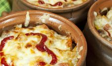 Free Meat And Vegetables With Cheese And Ketchup  In Pots Royalty Free Stock Photo - 28714165