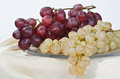 Free Bunches Of Grapes On A Glass Dish Royalty Free Stock Photos - 28724598