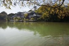 Free Autumn Chinese Garden Stock Photography - 28724622
