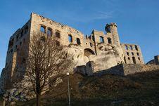 Free Ogrodzieniec Castle Ruins Poland. Stock Image - 28725891
