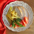 Free Chicken Breast With Vegetables And Potatoes Stock Image - 28732821