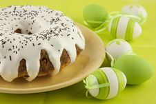 Free Easter Cake And Eggs Royalty Free Stock Photography - 28734587