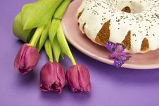 Free Easter Cake And Flower Stock Images - 28734624