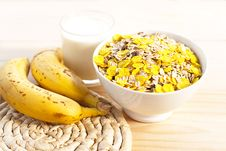 Free Breakfast Milk With Bananas Royalty Free Stock Photo - 28739045