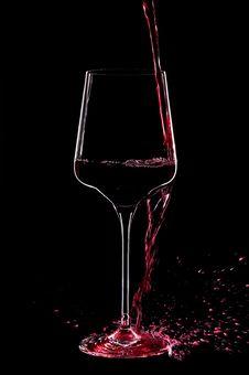 Free Wine In The Dark Royalty Free Stock Photos - 28746958