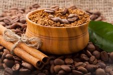 Free Coffee Beans In A Wooden Bowl On Burlap Background Stock Photo - 28748940