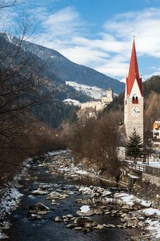 Free Church With A Bell Tower On The River Ahr Royalty Free Stock Image - 28749776