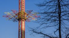 Free Drop Tower Royalty Free Stock Image - 28750726
