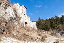 Free Castle Of Campo Tures Royalty Free Stock Image - 28753696