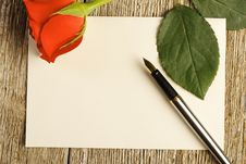 Free Blank Card And A Red Rose Royalty Free Stock Photos - 28785168