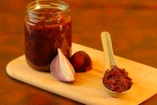 Free Red Onions Confit Royalty Free Stock Photography - 28785287
