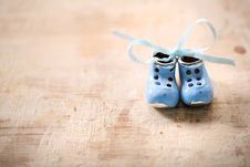 Free Small Shoes Royalty Free Stock Photography - 28786147