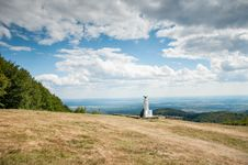 Free Beautiful Mountain Landscape With Monument Stock Photos - 28790753