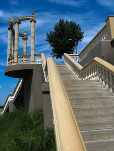 Free Beautiful Stairs Leading Downwards In The City Stock Photo - 28794800