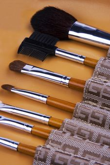 Free Cosmetic Brushes Royalty Free Stock Images - 2881259