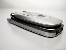 Free Mobile Clamshell Phone Royalty Free Stock Image - 2884756