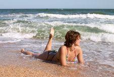 Free Girl In Bikini In The Waves Stock Photo - 2885080
