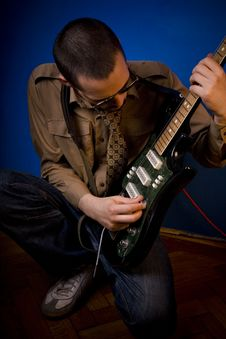 Free Guitar Soundcheck Stock Photography - 2887712