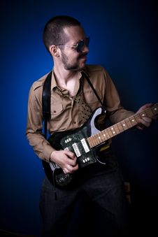 Free Playing Guitar Stock Photos - 2887973