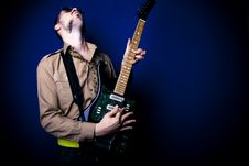 Free Rock Guitarist Royalty Free Stock Photography - 2887997