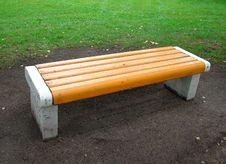 Free Yellow Bench In Park Stock Image - 2888841