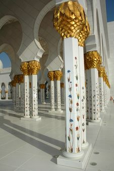 Free Sheikh Zayed Al Nayhan Mosque Royalty Free Stock Photography - 28800677