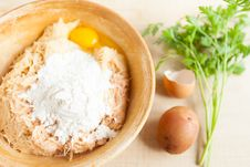 Free Grated Raw Potatoes, Eggs And Flour In A Large Bowl Stock Images - 28803714