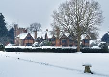 Free English Tudor Mansion In The Snow Royalty Free Stock Photography - 28806047