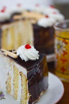Free Cake_1 Stock Photo - 28812180