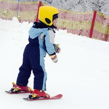 Free Child Skiing Stock Images - 28815174