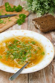 Free Chicken Soup With Noodles And Carrots Vertical Royalty Free Stock Photos - 28818338