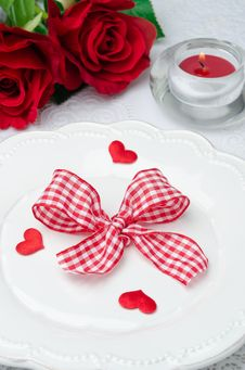 Free Festive Table Setting Valentine S Day, Hearts, Ribbon, Roses And Stock Photos - 28818363