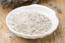 Free Sea Salt With Lavender In A White Bowl Closeup Royalty Free Stock Image - 28818586
