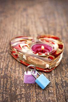 Free Symbols Of Love Royalty Free Stock Photos - 28833568