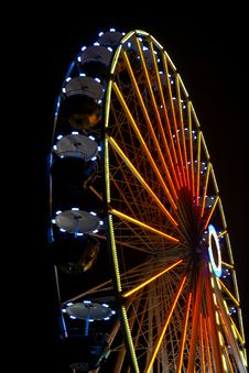 Free Ferris Wheel Royalty Free Stock Photography - 28833717