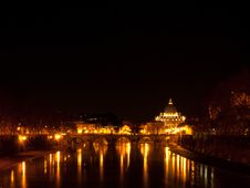 Vatican And Tevere By Night Stock Photos
