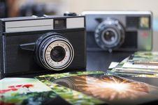 Free Vintage Camera Royalty Free Stock Photos - 28857288