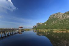 Free Wooden Bridge In A Lake With Reflection Stock Images - 28885324