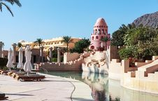 Free Resort Near The Red Sea Royalty Free Stock Image - 28895686